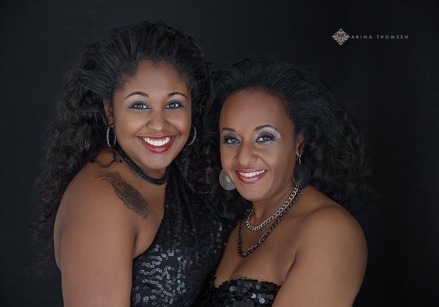 Michelle&Endesha _ Arina Thomsen Photography Southeast KansasTulsa Oklahoma Bartlesville OK Joplin Mi Independence Ks Coffeyville Ks - Pittsburg Ks - Parsonsn Ks